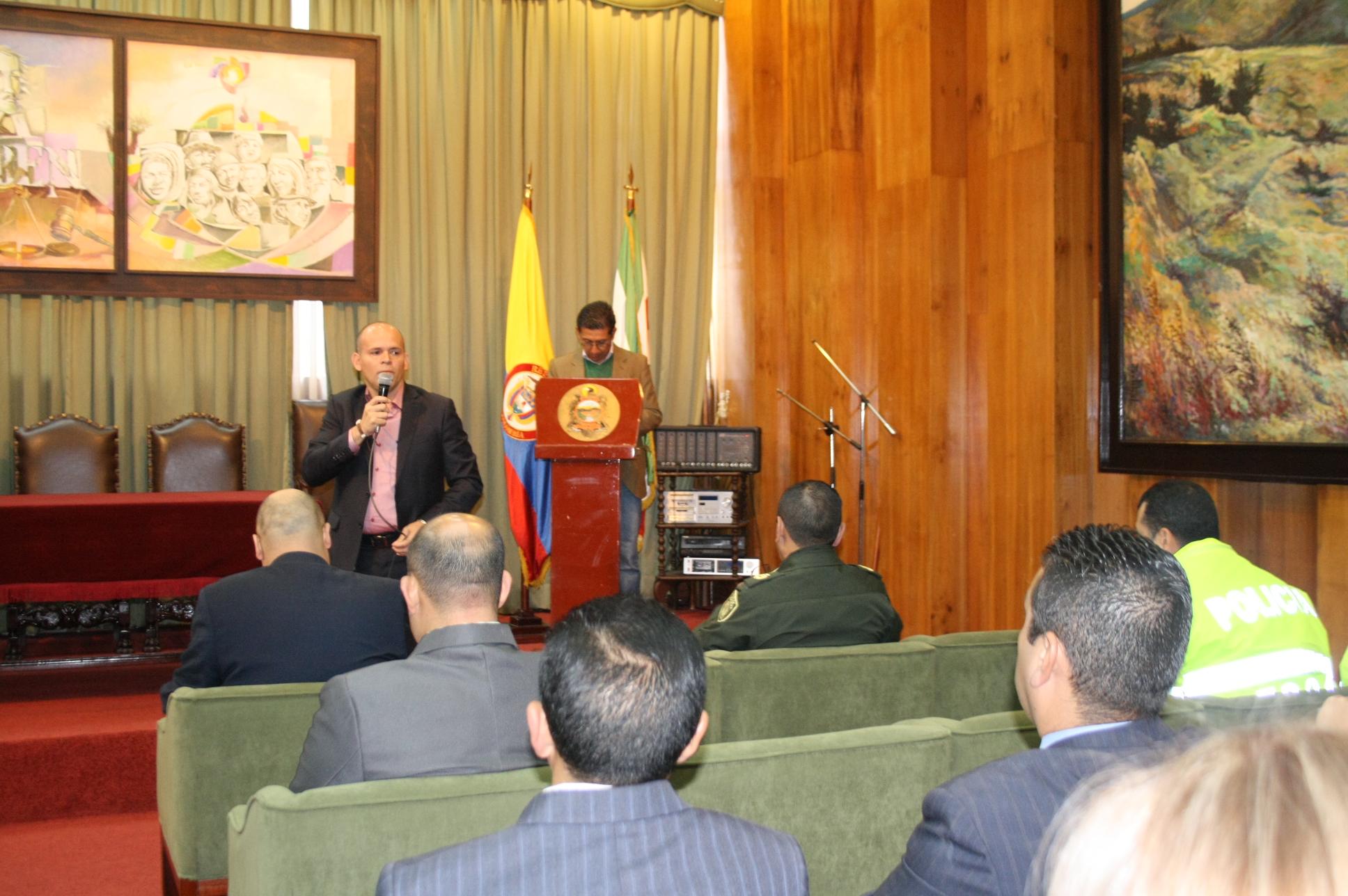Programas para prevenir el consumo de drogas y alcohol se fortalecen en municipios de Boyacá