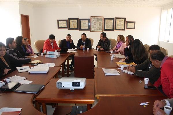 Gobernador presidió tercer comité de seguimiento de obras de la carrera 20 y 20A de Duitama
