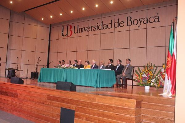 """""""Gobierno Nacional debe tener en cuenta universidades privadas para becas estudiantiles"""""""