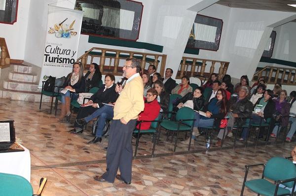 Gobernación realiza seminario: 'Desarrollo Económico Local con enfoque Turístico'