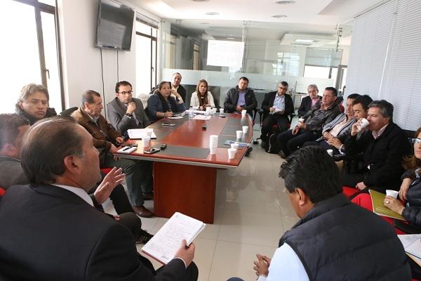 Minas y Energía trabaja en la formalización de mesas en el sector de las esmeraldas