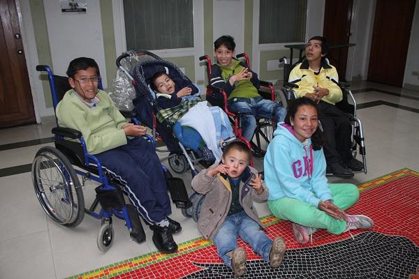 Niños, niñas y adolescentes con discapacidad recibirán ayudas de la Administración Granados