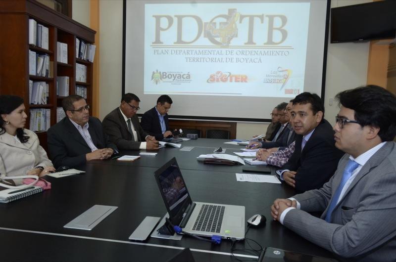Comisión de Ordenamiento Territorial verifica avances del proceso
