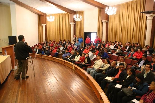 Funcionarios responden a convocatoria sobre fijación del presupuesto para la vigencia 2016