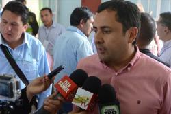 Gobernador advierte que vía nacional no puede ser intervenida por el Departamento
