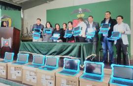 109 docentes de Paipa recibieron tabletas por cursar diplomado DocenTIC