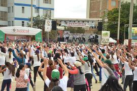 Más de 1.000 boyacenses celebraron el Día Mundial de la Actividad Física en Sogamoso