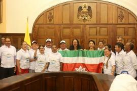Delegación de adultos mayores recibió bandera para representar al Departamento en San Andrés