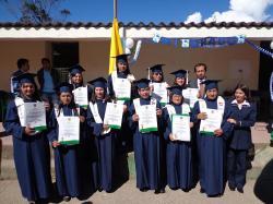 Se graduaron 11 bachilleres con el programa de jóvenes y adultos en I.E. de Nuevo Colón