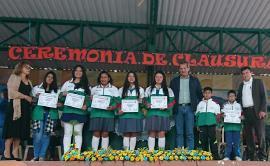 Indeportes Boyacá entregó incentivos a deportistas de la Institución Educativa de Cerinza