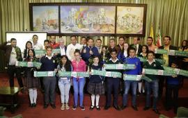 Gobernador Carlos Amaya inicia sueño de construcción de 11 colegios en Boyacá