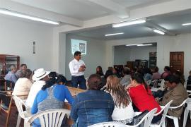 Gobierno de Carlos Amaya capacita a líderes comunales