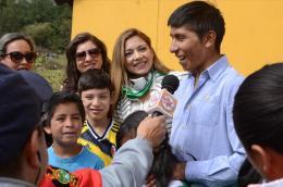 Gestora Social de Boyacá, Patricia Reyes; y ciclista Nairo Quintana unidos por la niñez