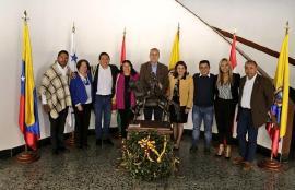 Gobernador  Carlos Amaya se reunió en el Puente de Boyacá con  parlamentarios  boyacenses electos