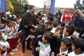 Gobernador Carlos Amaya busca solución de fondo al PAE