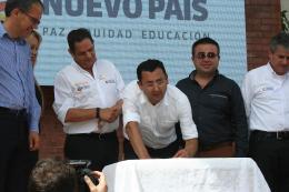 Gobernador y Vicepresidente suscribieron acta de inicio de la vía Dos y Medio - Chiquinquirá