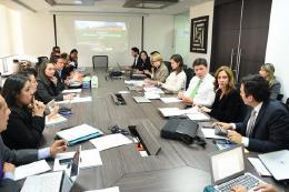 Visita a ministerios de Comercio, Industria y Turismo e Interior