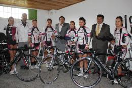 Ciclismo boyacense de alto rendimiento recibió implementación de Indeportes