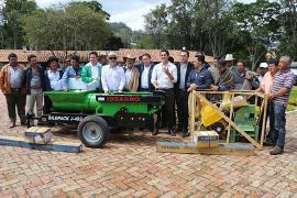 Entregan maquinaria por más de $ 137 millones para el sector lácteo de Jenesano