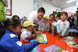 """Gobernador Carlos Amaya inauguró Sala de Ludoteca """"Antonio Arredondo"""""""