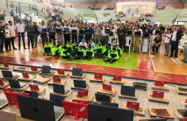 Miles de niños boyacenses beneficiados con masiva entrega de ModernizaTic Bicentenario.