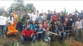 Jóvenes participan en actividad de servicio en Laguna de Fúquene