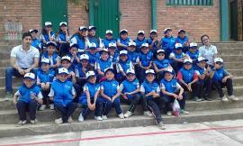 Gradúan a niños como 'Defensores del Agua' en el Departamento