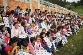 En el primer día del recorrido de Semillas de Alegría se visitaron a niños de 22 veredas