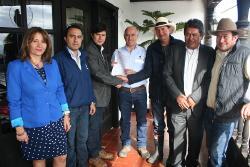 Convenio con Empresa Argos permitirá la pavimentación de 1.2 kms en la vereda La Carrera