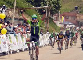 Diego Ochoa se convirtió en el primer líder de la vuelta a Boyacá