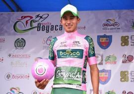 Adrián Bustamante fue cuarto y ahora es líder sub-23 en la Vuelta a Boyacá