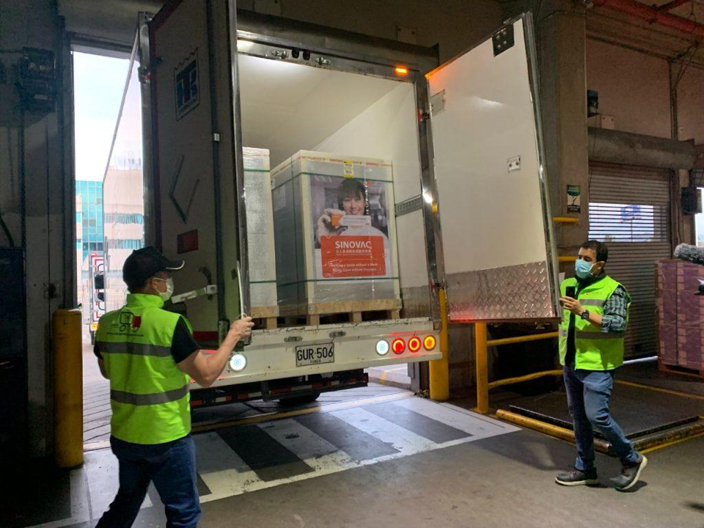 Llegaron al país 1.5 millones de vacunas Sinovac para trabajadores del sector privado
