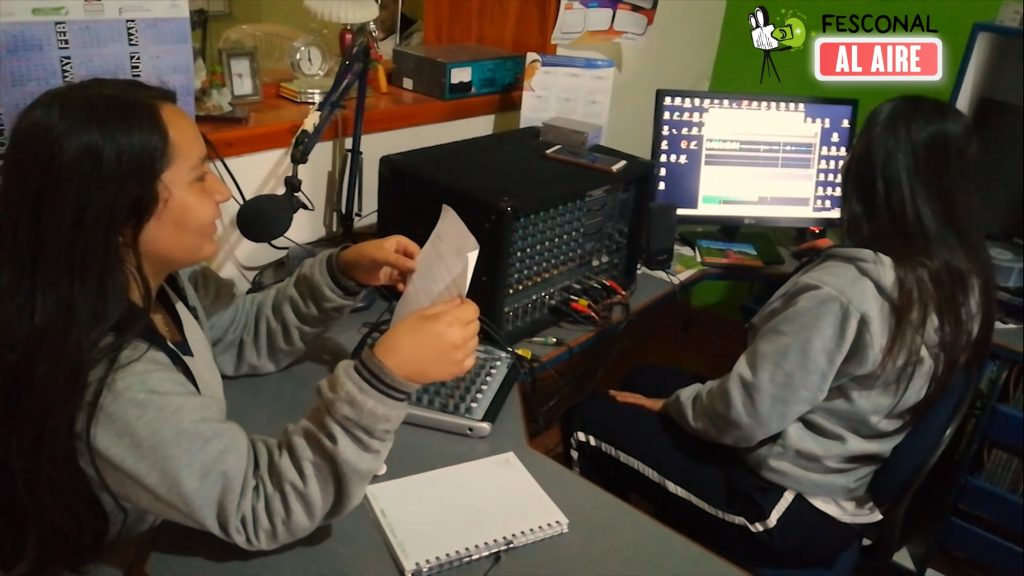 Fesconal al Aire celebra el 7 de agosto con los clubes escolares audiovisuales del nodo Valderrama en Boyacá 95.6 FM